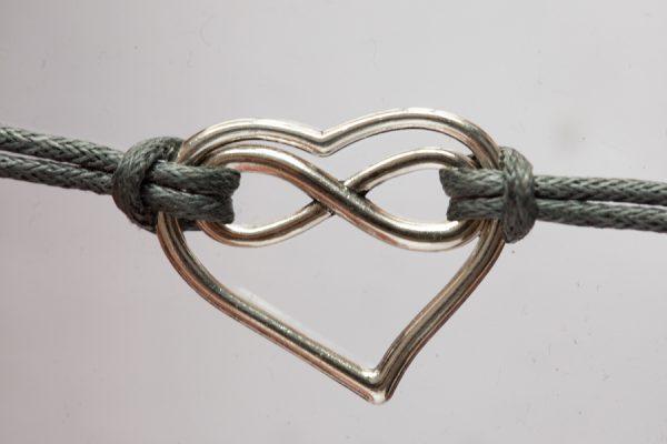 polyamorie logo sieraad armband